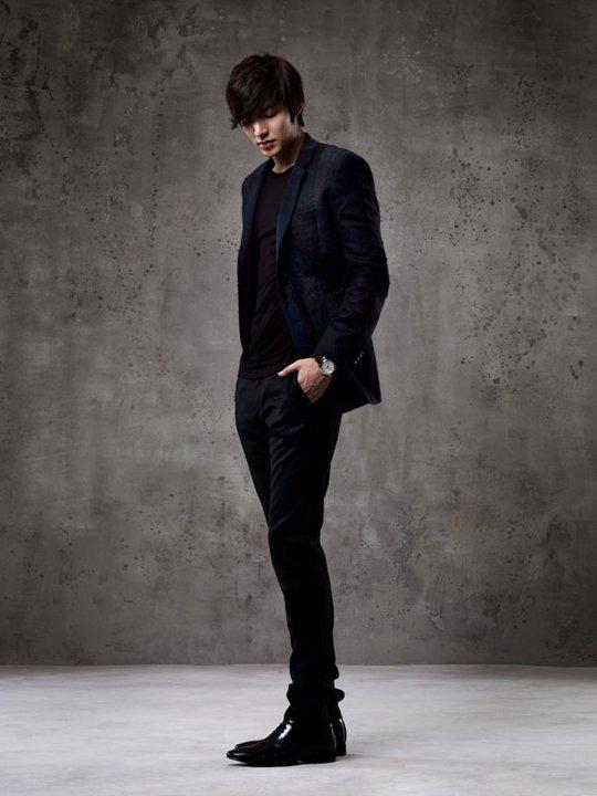 Leeminho_ suit